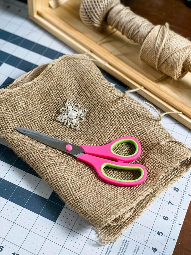 diy burlap bow supplies