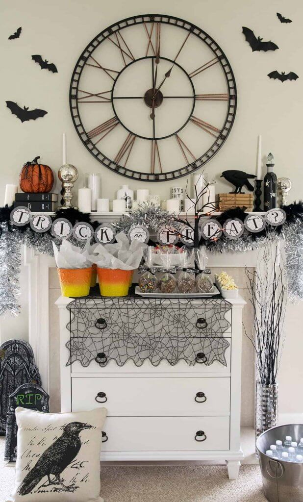 Halloween tablescape and mantel